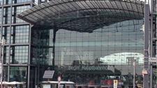 Berlin Hauptbahnhof 04
