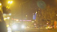 Hauptstraße bei Nacht 07