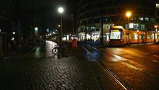 Berliner Strassenbahn bei Nacht 01