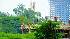 Afrikanische Baustelle aus der Ferne 02