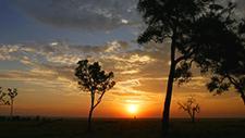 Sonnenuntergang über der Serengeti 03