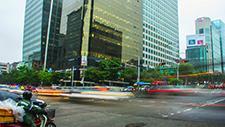 Straßenkreuzung in Seoul Zeitraffer 03