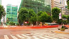 Straßenkreuzung in Seoul Zeitraffer 05