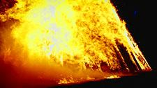 Großes Feuer Zeitlupe 96 Frames pro Sekunde 17