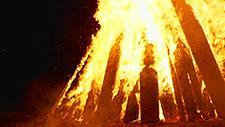 Großes Feuer Zeitlupe 96 Frames pro Sekunde 19