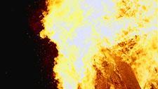 Großes Feuer Zeitlupe 96 Frames pro Sekunde 20