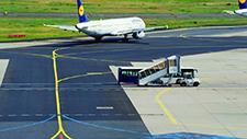 Flughafen Rollfeld 14