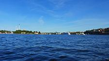 Motorbootfahrt im Stockholmer (Schweden) Hafen 25